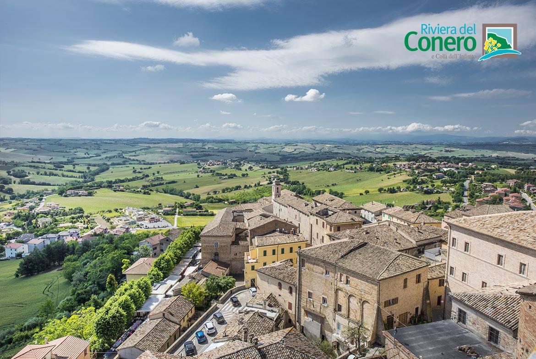 Panorama di Osimo - foto credit Omnigraf • Conero by Bike